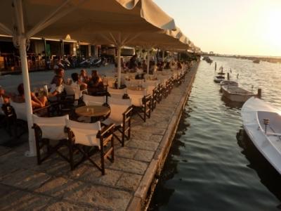 מסעדות וטברנות